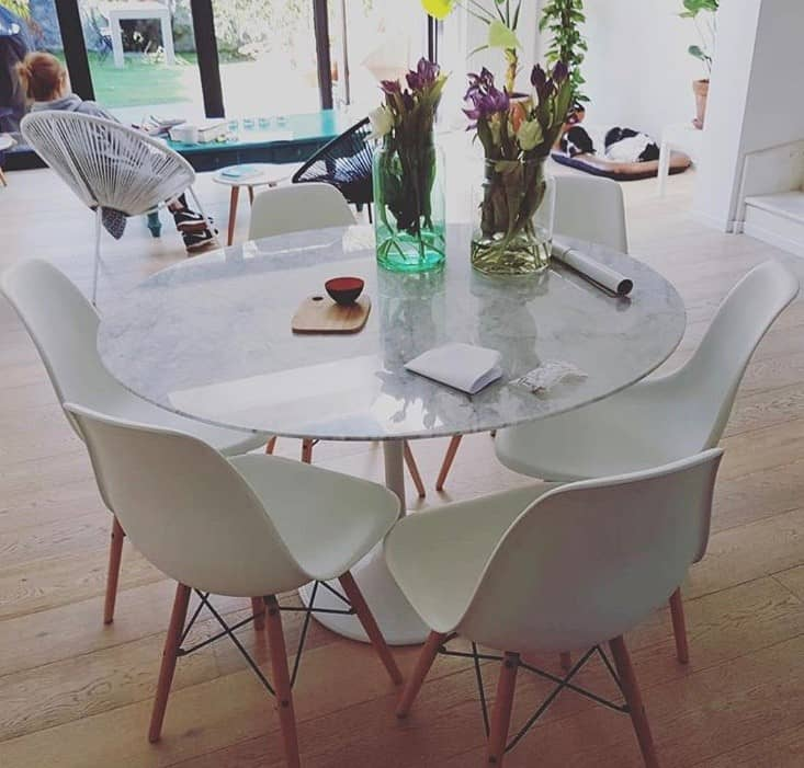 DSW Chairs White 1