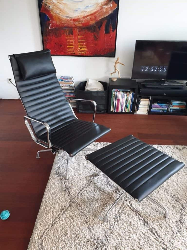 Eames EA 124 Lounge chair Set Cavel Design