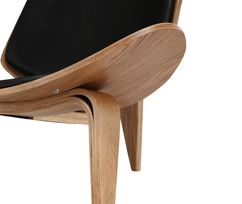 Wegner Shell Chair Naturel Essen – Zwart Leer