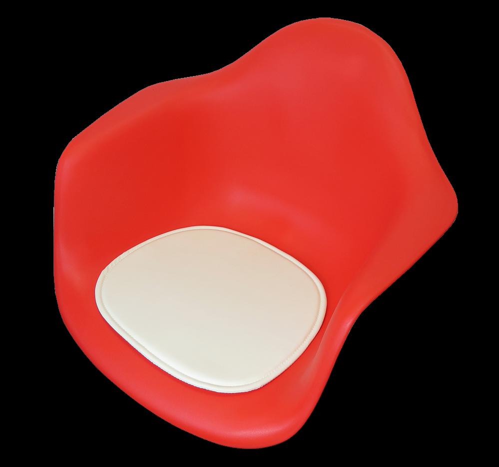 Eames Seatdot kussentje wit op rode stoel