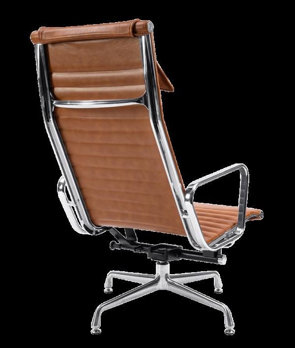Eames EA 124 Lounge Chair + EA 125 Ottoman Cognac Leer